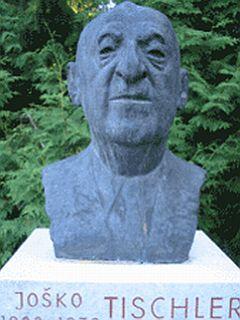 Tischlerjeva nagrada je poimenovana po ustanovitelju NSKS-ja in prvem ravnatelju Slovenske gimnazije v Celovcu Jošku Tischlerju. Foto: