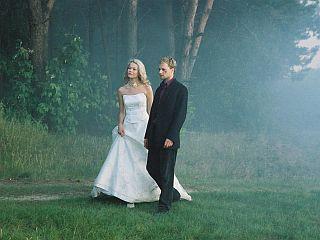 Prizor iz poljskega filma Svatba (r.: Wojciech Smarzowski, 2004).