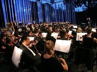 Simfonični orkester in Big band RTV Slovenija sta skupaj z orkestrom iz Pikardije v Franciji ustvarila slavnostni glasbeni večer. Foto: Darko Koren/RTV Slovenija