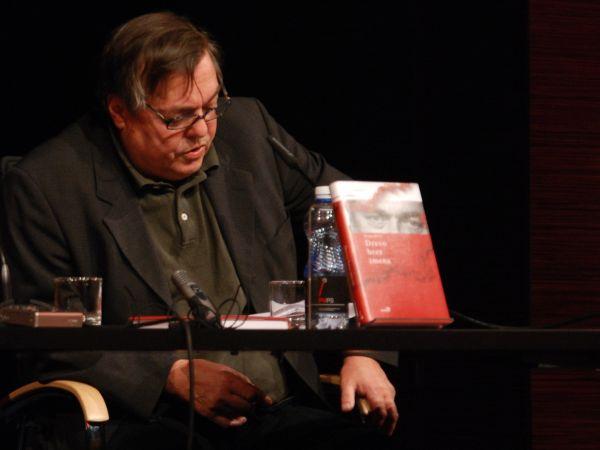 Prvi dobitnik Rožančeve nagrade je bil leta 1993 letošnji nominiranec Drago Jančar (na fotografiji), ki je nato nagrado prejel še dvakrat - leta 1995 in leta 2006. Foto: MMC RTV SLO