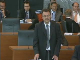 Poslanska skupina SDS-a je delovala pod vodstvom Jožeta Tanka. Foto: RTV SLO