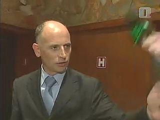 Minister za delo je izgubil živce. Je s tem kršil tudi etični kodeks vlade RS-a? Foto: RTV SLO