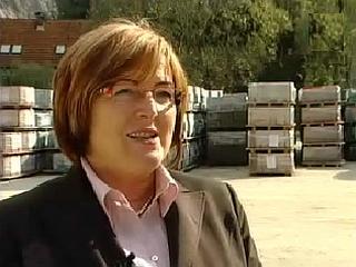 Predsednica uprave Hilda Tovšak naj ne bi nakazovala zneskov za odplačevanje obrokov posojil, ki so jih najeli delavci. Foto: MMC RTV SLO