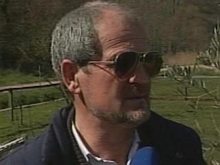 Joško Joras je ob vstopu Slovenije v Evropsko unijo uredil evropsko pot do svojega doma, ki se je izognila hrvaški mejni točki. Foto: MMC RTV SLO