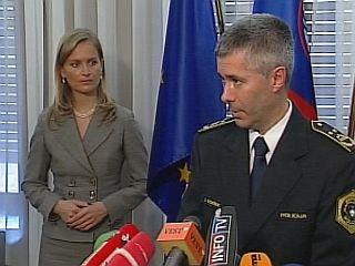 Obisk PU-ja Ljubljana je bil po besedah ministrice še zadnji v nizu obiskov postaj, da se, kot pravi Kresalova,