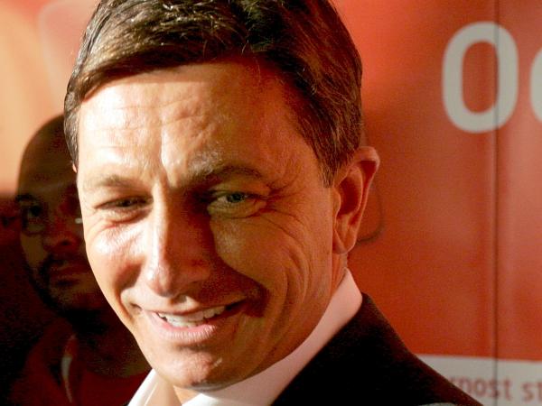 Pahor upa na sodelovanje z SDS-om in SNS-om pri pomembnih projektih prihodnje vlade. Foto: EPA