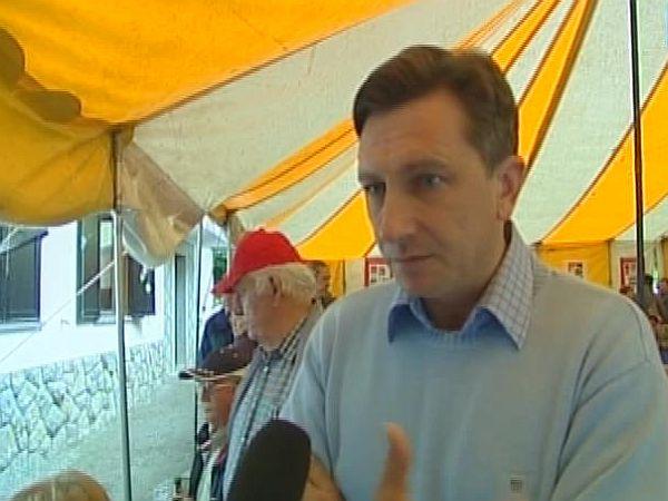 Za prihodnost smo pripravljeni prevzeti odgovornost, je med drugim dejal Borut Pahor. Foto: MMC RTV SLO