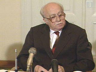 Ribičič je leta 1994 pričal pred Pučnikovo komisijo. Foto: RTV Slo