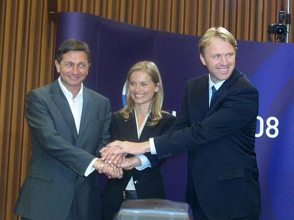 Najverjetnejši mandatar nove vlade, Borut Pahor, naj bi se o razdelitvi resorjev s prvakoma Zaresa in LDS-a pogovarjal že v sredo. Foto: MMC RTV SLO