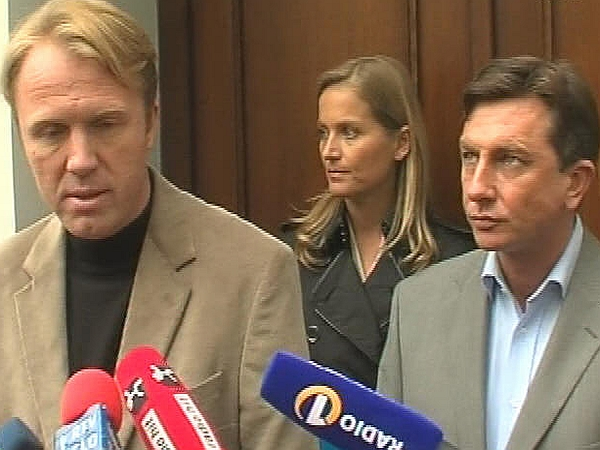 Levi trojček se bo, čeprav je bil sestanek napovedan za danes, sešel šele prihodnji teden. Foto: MMC RTV SLO