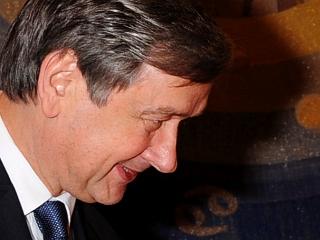 Danilo Türk pričakuje, da bodo srbske oblasti ustrezno ukrepale zoper tiste, ki so razdejali slovensko veleposlaništvo. Foto: EPA