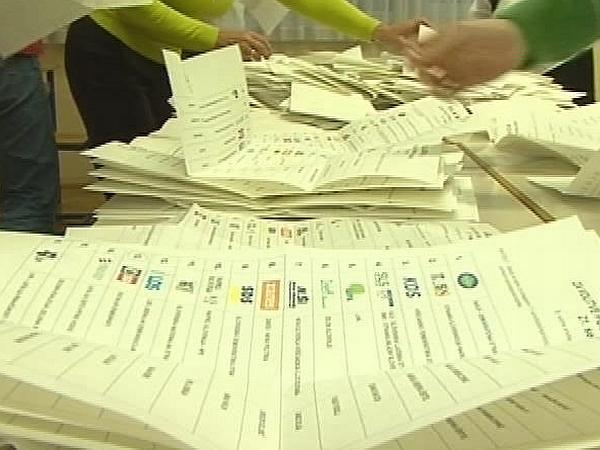 V Postojnski volilni enoti in enoti Ljubljana Center so zavrnili ugovore volivcev. Foto: MMC RTV SLO