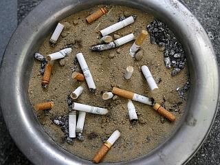 Za večino bolnikov z rakom na pljučih je usodno kajenje. Foto: EPA