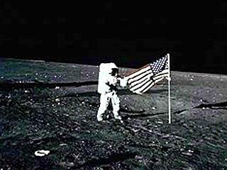 Od prvega pristanka Američanov na Luni je lani minilo 40 let. Foto: EPA