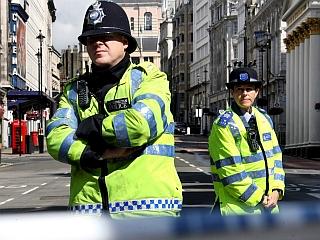 Policista na londonski ulici