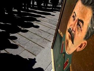 Gruzijci vsako leto decembra praznujejo rojstni dan Stalina, ki je bil rojen v kraju Gori, okoli 80 kilometrov zahodno od Tbilisija. Foto: EPA