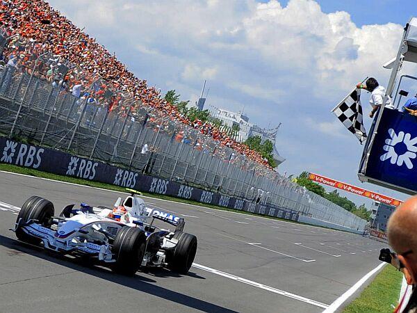 V Montrealu je Robert Kubica prvič kot prvi prevozil startno-ciljno črto. Foto: EPA