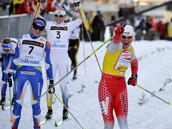 Petra Majdič je mali kristalni globus za šprint že osvojila, zdaj je tarča skupna zmaga, do katere pa jo čaka izjemno trnova pot. Foto: Reuters