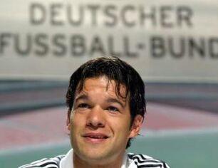 Michael Ballack bo proti Češki eden izmed glavnih adutov nemškega selektorje Völlerja.