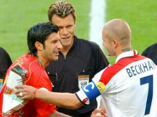 Beckham in Figo, v Real Madridu soigralca, tokrat pa kapetana nasprotnih ekip.