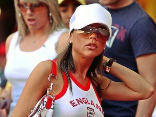 Tudi tokrat je bila med gledalci Victoria Beckham, žena angleškega reprezentanta Davida Beckhama.