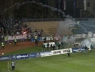 Na tekmi med Mariborom in Olimpijo je pogosto prihajalo do nemirov. Tokrat bo zaradi obnovitvenih del na Ljudski vrt lahko prišlo le 4.000 gledalcev. Foto: RTV SLO