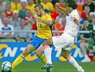 Mattias Jonsson in Ruud van Nistelrooy.