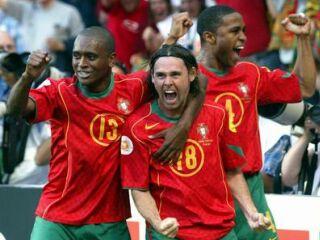 Maniche je v polfinalu dosegel spektakularen gol.