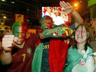 Portugalske ulice so bile polne veselja domačih navijačev.