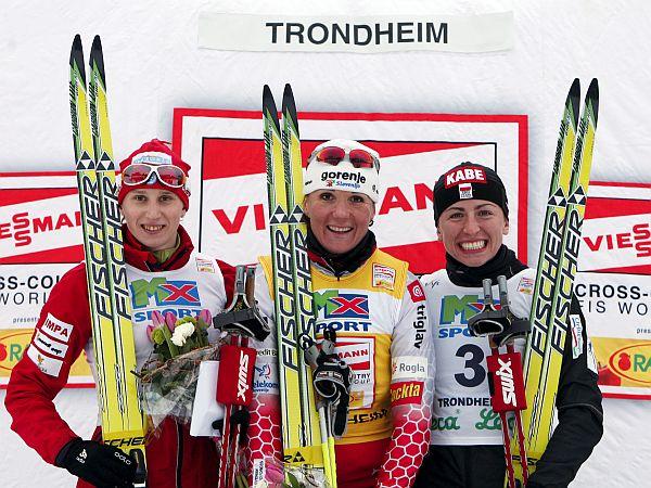 Petra Majdič je že zmagovalka svetovnega pokala v šprintu, premoč v klasiki pa je potrdila tudi v Trondheimu in se utrdila v skupnem seštevku. Foto: EPA