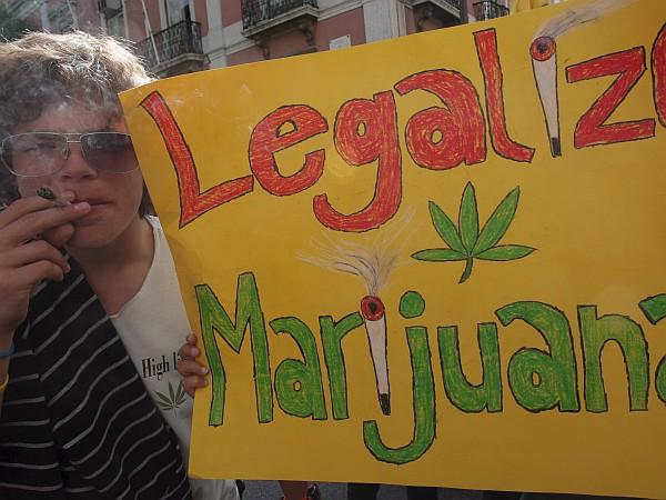 Zagovorniki marihuane menijo, da prohibicija ni pravi način. Foto: EPA