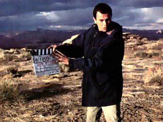 Na snemanju zadnjega filma, Dark Blood