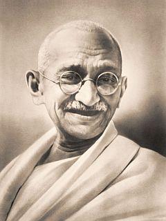 Mohandas Karamčand Gandi, splošno znan kot Mahatma Gandi