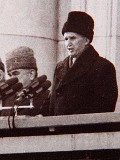 Režim Ceausesca velja za enega najbolj tiranskih v Evropi. Ceausescu je edini komunistični voditelj po drugi svetovni vojni, ki je bil usmrčen. Foto: EPA