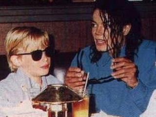 Macaulay Culkin z Michaelom Jacksonom